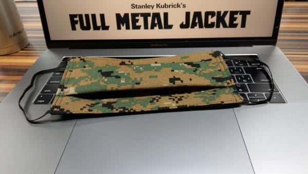 米国海兵隊の迷彩柄のマスクその3